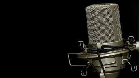 microphone-1007154_960_720