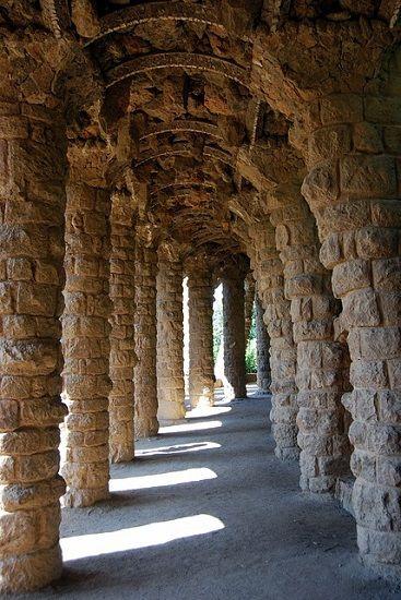 columns-536852_640