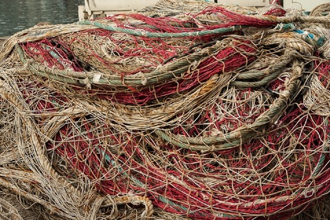 fishing-nets-1179533_960_720