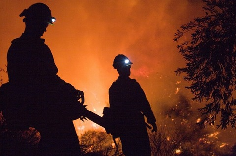 fire-fighters-1002283_640