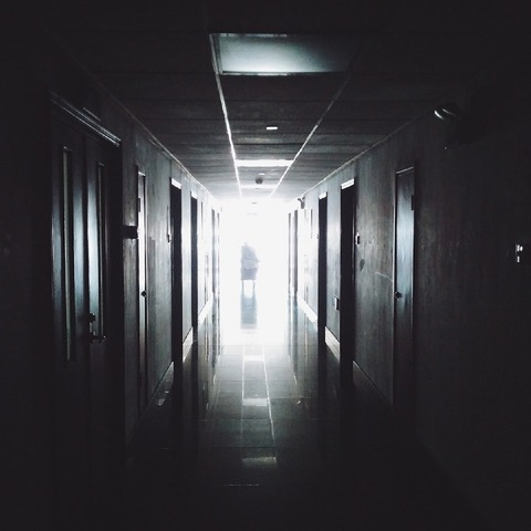 hallway-867226_960_720
