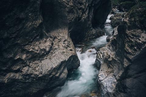 creek-1149639_960_720