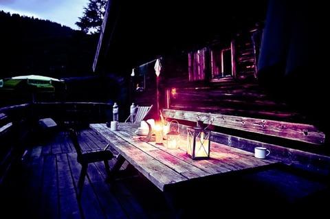 mountain-hut-594162_640
