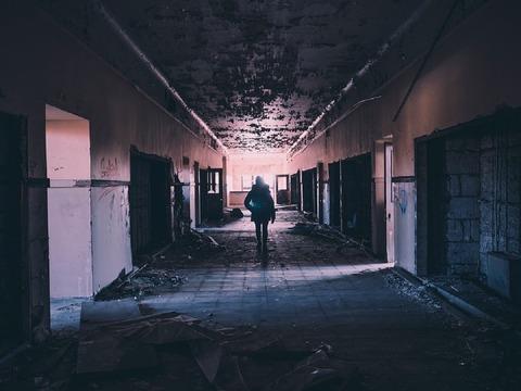 hallway-1245845_960_720