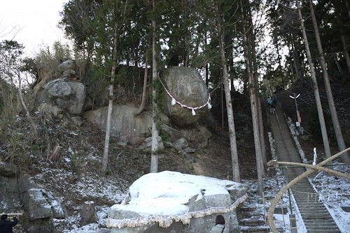 釣石神社1