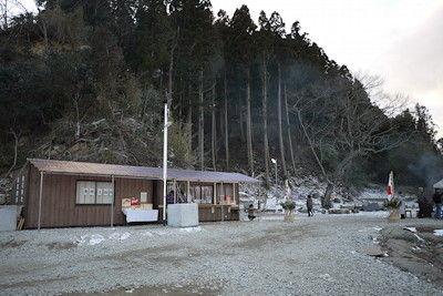 釣石神社3