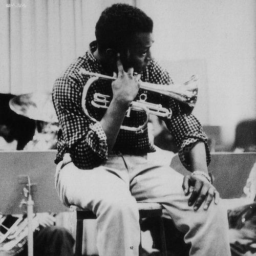 Miles Davis Plugged 001