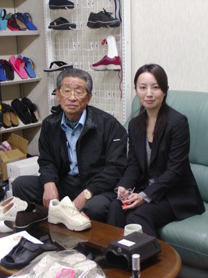 14 作業光景 キープ袴田、奈美さん来社 008