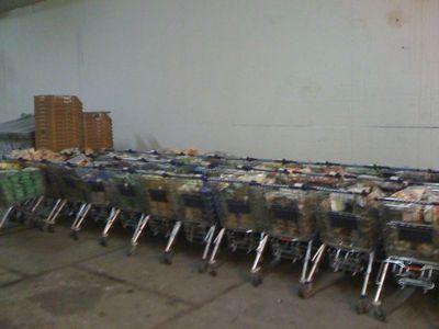 オランダのスーパーマーケットの棚が空っぽになった理由02