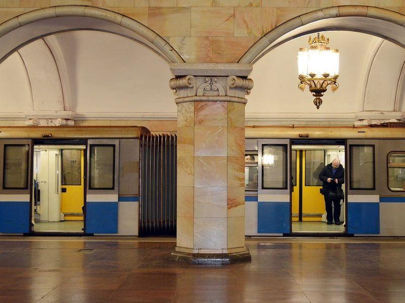ロシア人「モスクワの電車にブラジル人たちが乗り込んできたんだが…気に入った!」