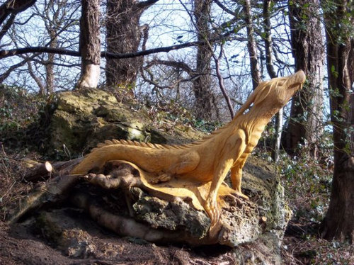 チェーンソー彫刻02