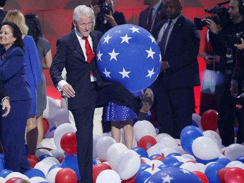ビル・クリントンはバルーンが大好き06