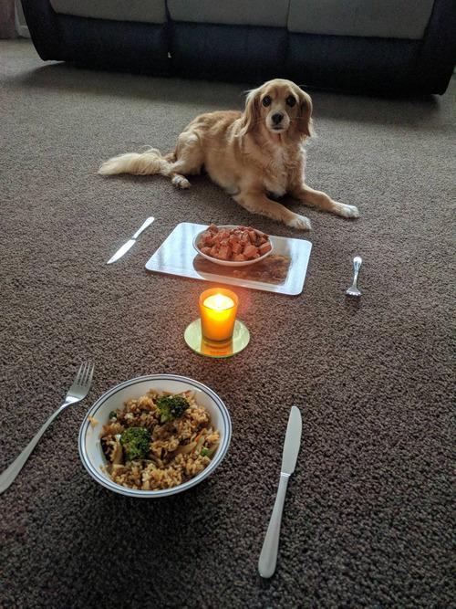 人生で最も大事な子と食事01