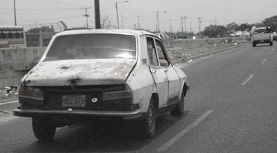 ポンコツ車04