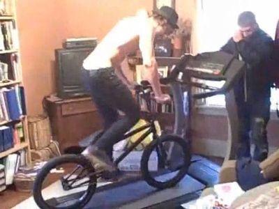 ルームランナーを自転車で乗ってはいけない