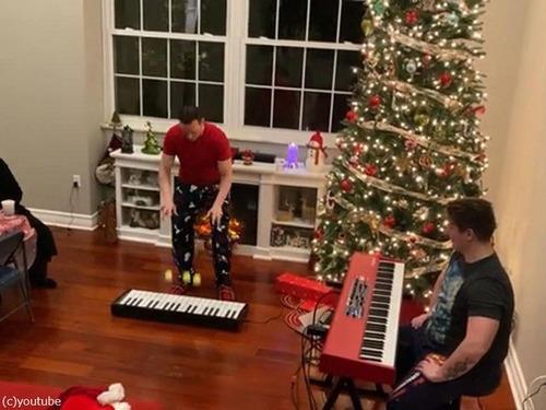 クリスマスソングのジャグリング02