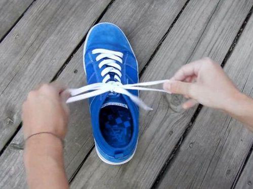 靴ひもの高速結び00