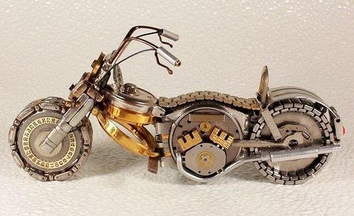 時計で作ったバイク09