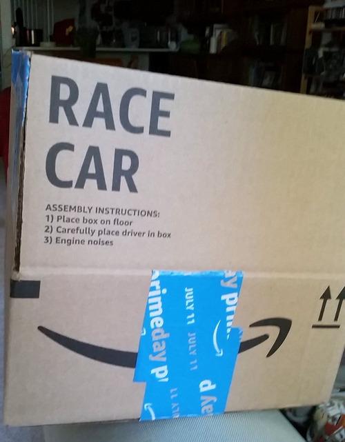アマゾン製のレースカー01