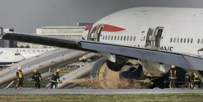 ヒースロー空港で緊急着陸07