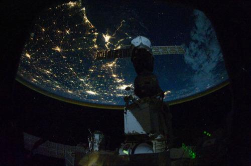 ISSから見た夜景18
