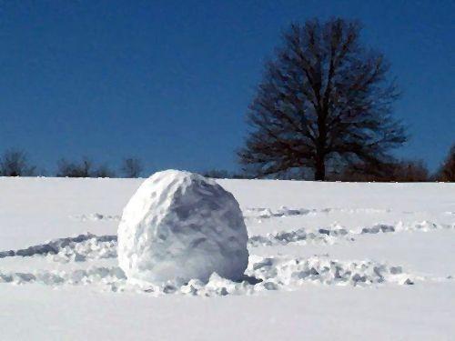 雪だるまで建物が破損00