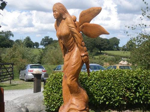 チェーンソー彫刻08