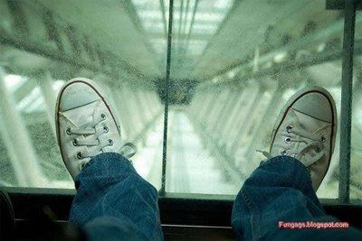 エレベーター04
