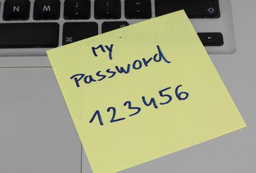 最弱のパスワード01