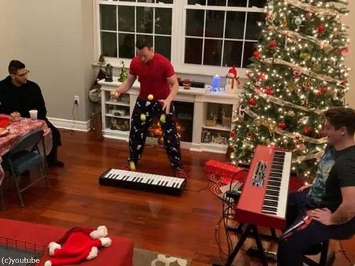 クリスマスソングのジャグリング03