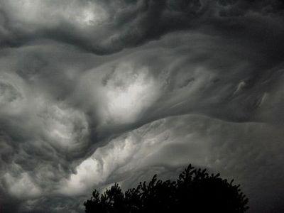 ヤバい雲04