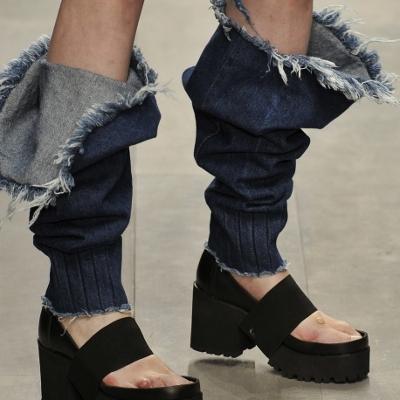 ジッパーで分離するジーンズ02