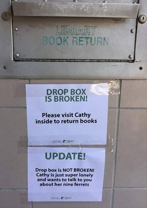 図書館で働く人のアプローチ01