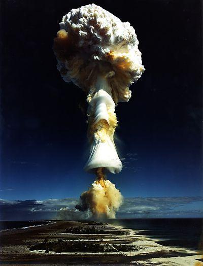 フランスの核兵器・核爆発実験カノープス(Canopus)03
