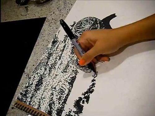 油性ペン1本で描き上げていくアート