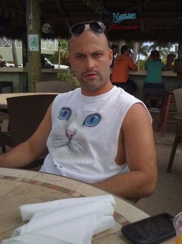 02面白い、変わったTシャツ