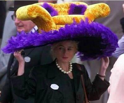 奇抜な帽子06