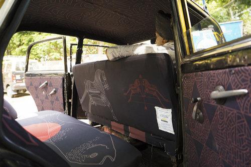 インドのタクシー13