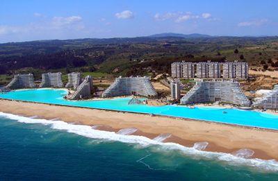 ギネス記録の世界最大のリゾートプールの大きさ01