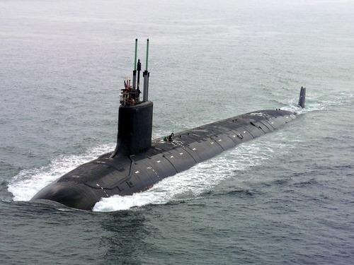 アメリカの潜水艦がゲームコントローラーを採用00