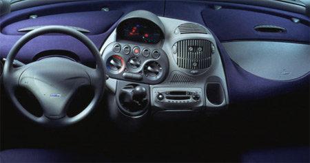 車のダッシュボード11