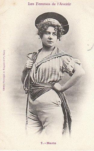 100年前に想像した未来の女性像07