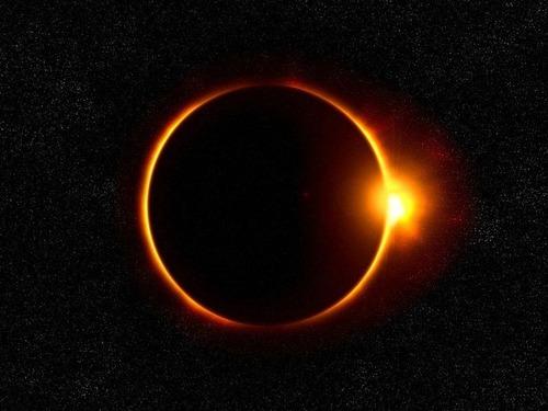 日食よりも人間の方が面白かった00