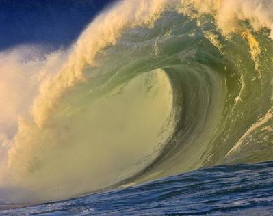 波の隙間10
