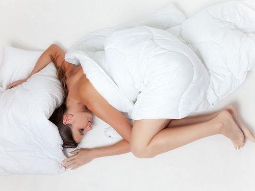 裸で寝る人に質問
