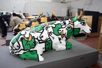 スペインの面白牛彫刻15