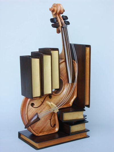 変わった形のバイオリン04