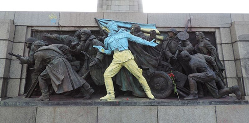 ブルガリアの記念碑01