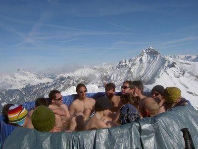 雪山の頂でお風呂07