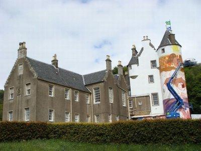 落書きされたスコットランドの古城03